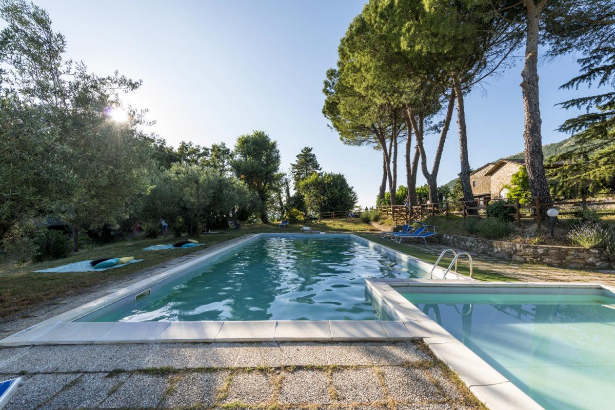 Villaggio-Nativo-piscina-camere-2